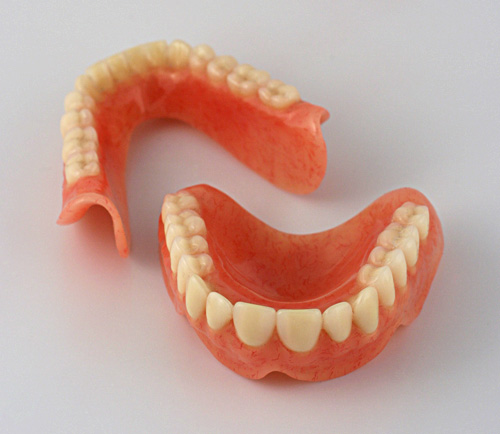 removable full dentures